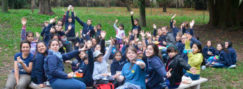 <h1><strong>Exploradoras</strong></h1> - Colegio León XIII