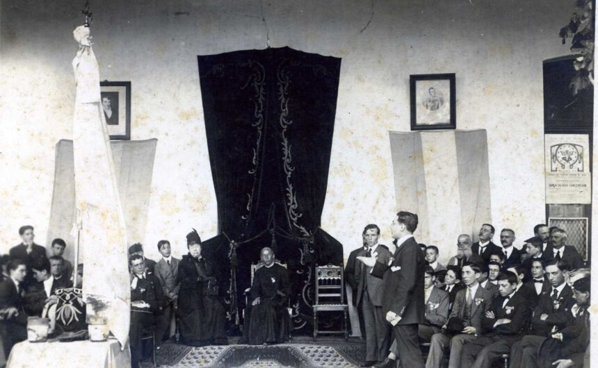 1915 - Colegio León XIII