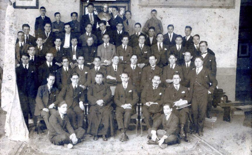 1921 - Colegio León XIII